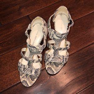 via spiga pump sandals, size 5.5